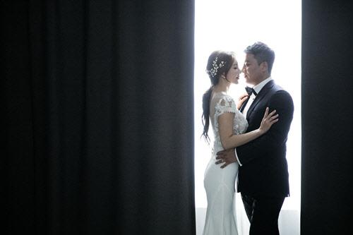 """배우 민영원, 화장품회사 대표와 백년가약 """"비밀결혼·두바이 왕자 아니에요"""""""